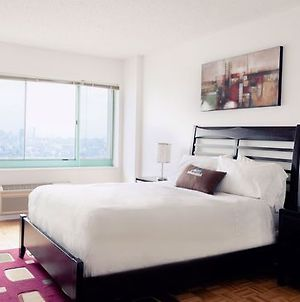 Sky City At Waterfront West photos Room