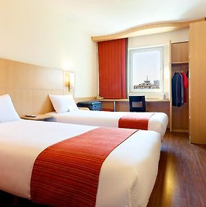 Ibis Hohhot Changle Palace photos Room