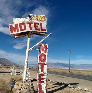 Rustic Oasis Motel photos Exterior