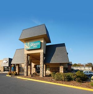 Quality Inn Shenandoah Valley photos Exterior