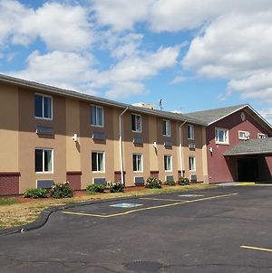Americas Best Value Inn Foxboro photos Exterior