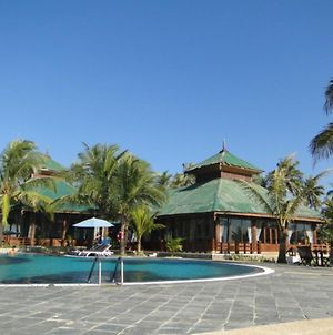 Central Hotel Ngwe Saung photos Exterior