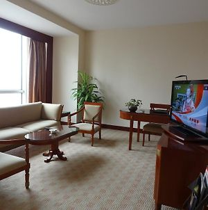 Yanshan Hotel Shijiazhuang photos Room
