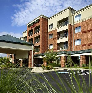 Courtyard By Marriott Akron Stow photos Exterior