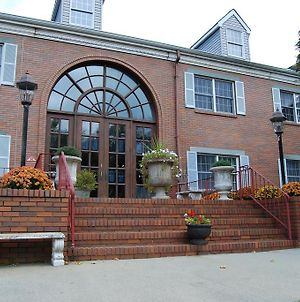 Colts Neck Inn Hotel photos Exterior