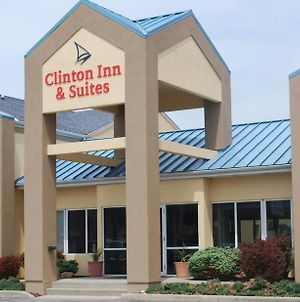 Clinton Inn And Suites photos Exterior