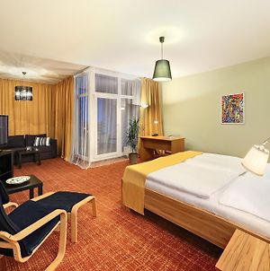 Orion Hotel photos Room