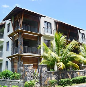 West Terraces Residence No 5 With Seafront Beachfront Licensed By Tourism Authority 13516 photos Room
