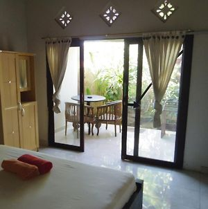 Hoky Homestay Amed photos Room