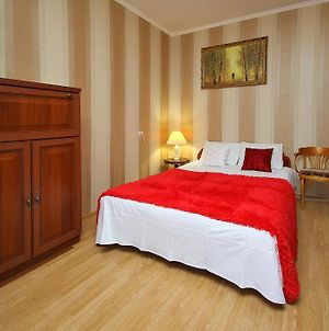 Room-Club Apartments On Nikolaya Chumicheva Street photos Room