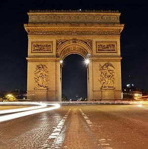 Arc De Triomphe / Champs Elysees Appart photos Room