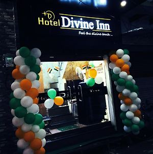 Hotel Divine Inn photos Exterior