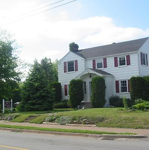 Eagles Landing Bed & Breakfast photos Exterior