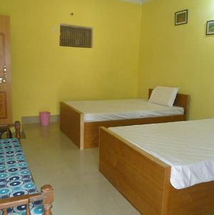 Sanskriti Paying Guest House photos Room