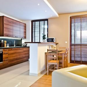 Galeria Park 2Br By Wisitwarsaw Apartments photos Room
