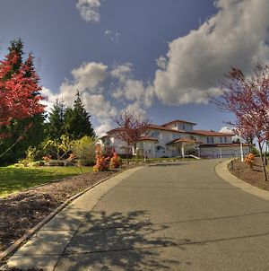 Shawnigan Vacations photos Exterior