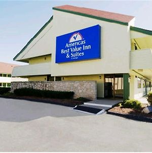 Americas Best Value Inn Kansas City East - Independence photos Exterior