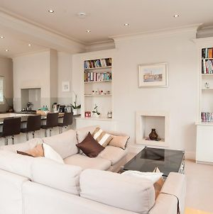 Veeve - Two Bed Maisonette In Chelsea photos Room