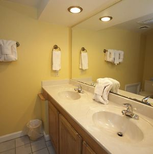 Laurel Point Resort By Capital Vacations photos Room