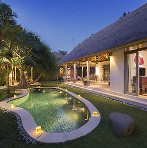 Tirta Naga Villa photos Room