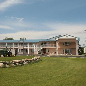 Great Lakes Inn Mackinaw City photos Exterior