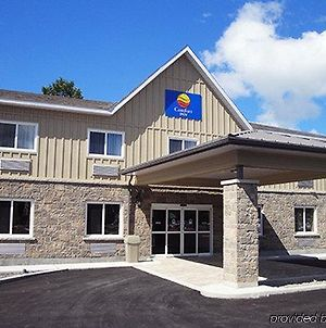 Comfort Inn & Suites Thousand Islands Harbour District photos Exterior