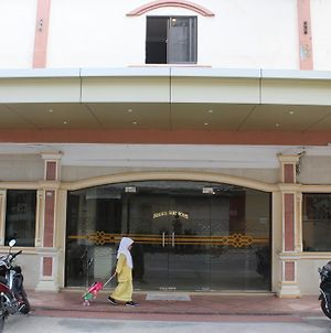 Batam Star Hotel photos Exterior