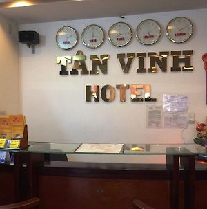 Tan Vinh Hotel photos Exterior