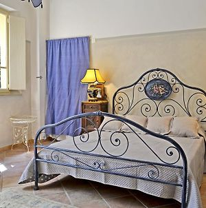 Rent In Tuscany Casa Cara Mia photos Room
