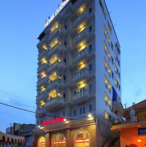 Hung Cuong Hotel photos Exterior