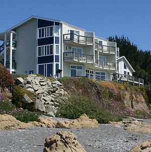Oceanfront Inn At Shelter Cove photos Exterior
