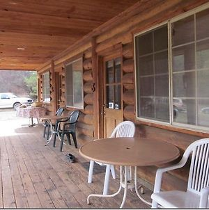 Bear Creek Cabins photos Room