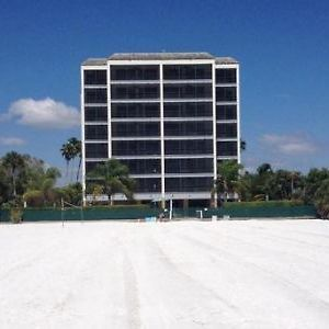 Hilton Grand Vacations Seawatch On The Beach photos Exterior