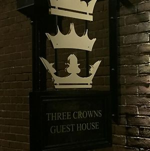 Three Crowns Guest House photos Exterior