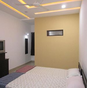 Karkare Holiday Home photos Room