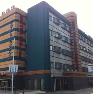 Motel 168 Shanghai Jinqiao Road photos Exterior