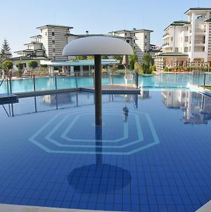 Private Apartments Cts In Emerald Beach Resort & Spa photos Exterior