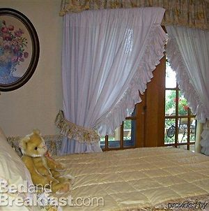 Isadoras Bed And Breakfast photos Exterior