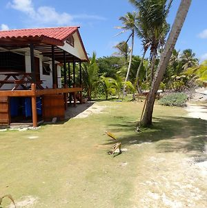 Little Corn Island Beach And Bungalow photos Room