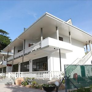 La Digue Self-Catering Apartments photos Exterior