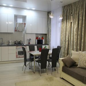 City Life Apartments On Pushkinskaya photos Room