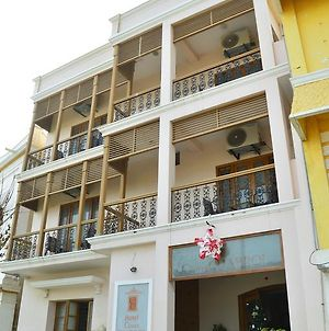 Cours Chabrol A Heritage Hotel By The Sea photos Exterior