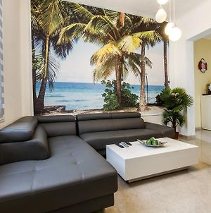 Designed Beach Apartments photos Room