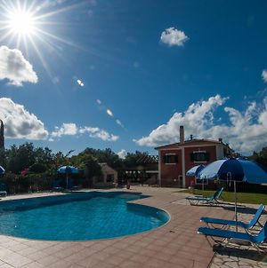 Leventis Villas Complex With Shared Pool photos Exterior
