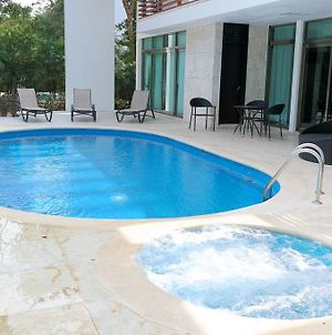 Bahia Principe Vacation Rentals - Four-Bedroom House photos Room