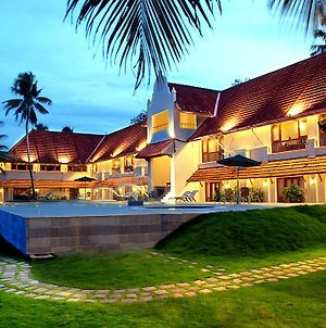 Lemon Tree Vembanad Lake Resort photos Exterior