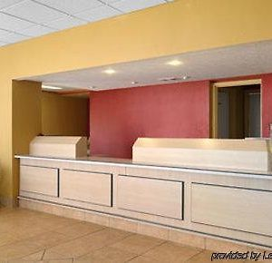 Days Inn By Wyndham Senatobia photos Interior