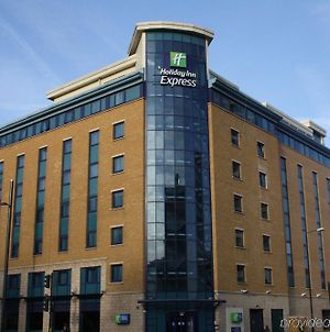 Holiday Inn Express London Stratford photos Exterior