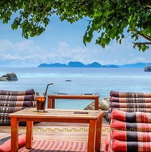 Ten Moons Lipe Resort photos Exterior