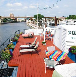 The Covington Houseboat photos Exterior